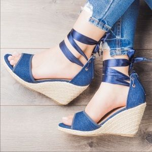 Shoes - Blue denim wedges